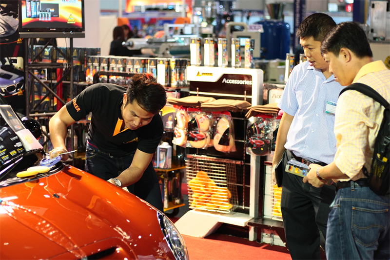 Garage & Equipment